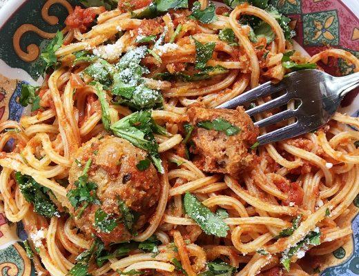 sauce tomate et boulettes de dinde